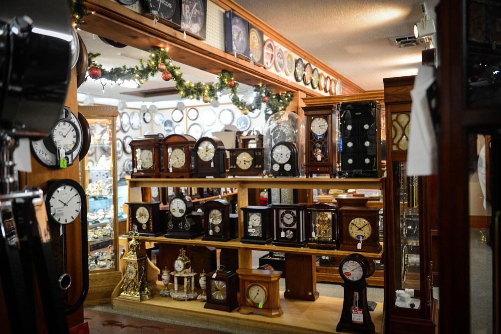 Tick Tock Shop Mantel Clocks for sale in Colorado